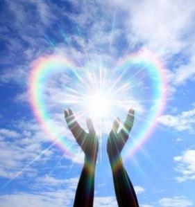 hands-rainbow-heart